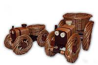 Плетеная подставка для цветов трактор маленький