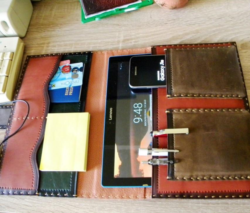 Шкіряна папка органайзер для планшета, смартфона, документів, з пеналом для ручок, щоденника, ручної роботи