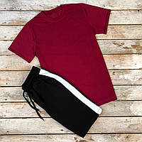 Комплект мужской летний бордовая футболка и шорты черные с лампасами