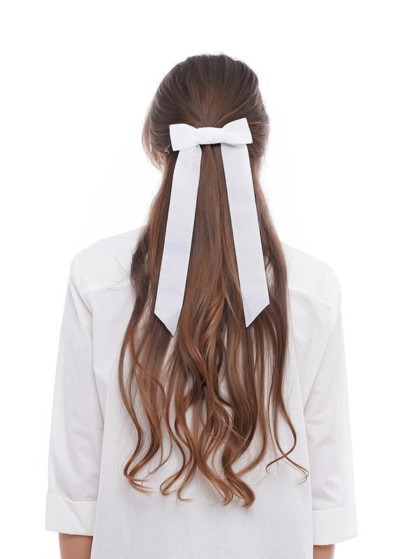 Бархатный бант - украшение для волос