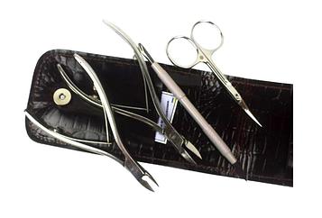 Маникюрный набор Olton (Накожницы, Кусачки для ногтей, Ножницы, Лопатка-топорик, кожаный чехол)