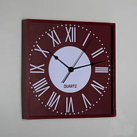 Коричневые часы на стену 28х28х4см.