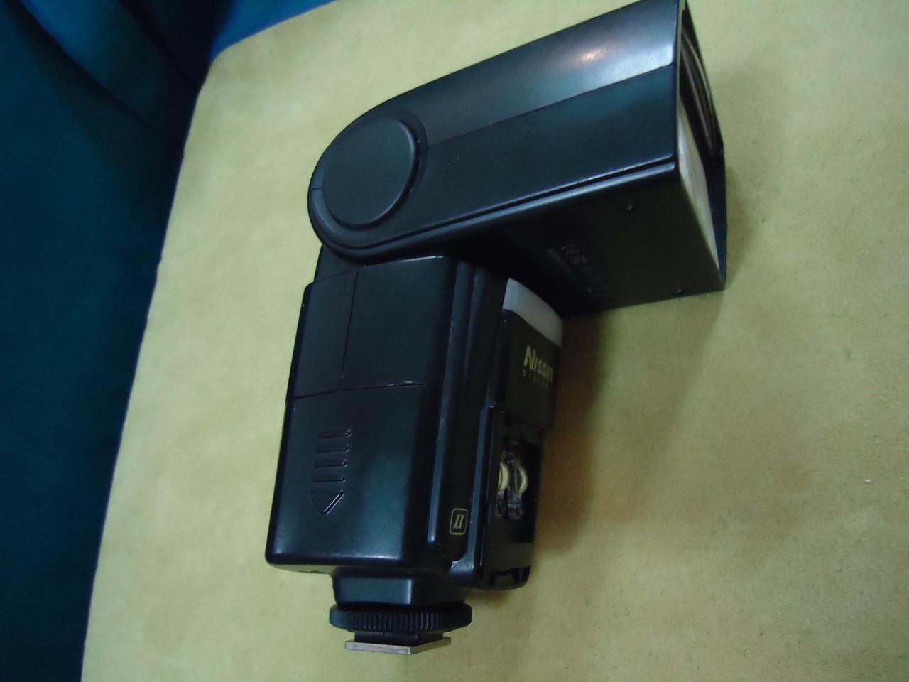 Вспышка высокой мощности Nissin Di866 Mark II