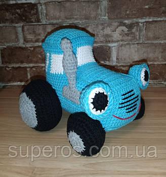 В'язана іграшка Трактор