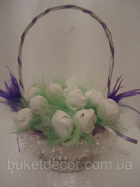 """Букет из конфет""""Корзинка с цветами"""""""