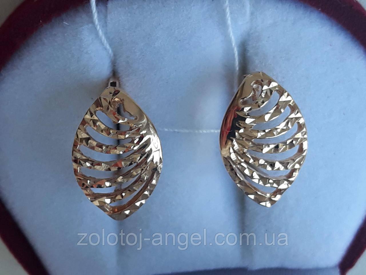 """Золотые серьги с алмазной гранью """"Королевская Ракушка"""""""