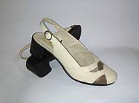 Босоножки женские, бежевые натуральная кожа,производства Украина,модный современный дизайн,классика.