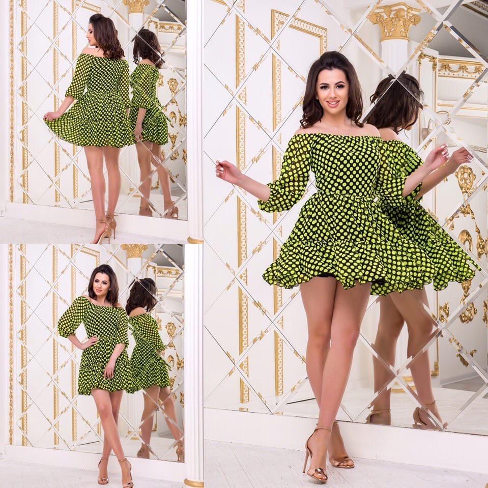 Летнее шифоновое платье с открытыми плечами в горошек с пышной юбкой и оборкой  Р-р.42,44  Код 786Д