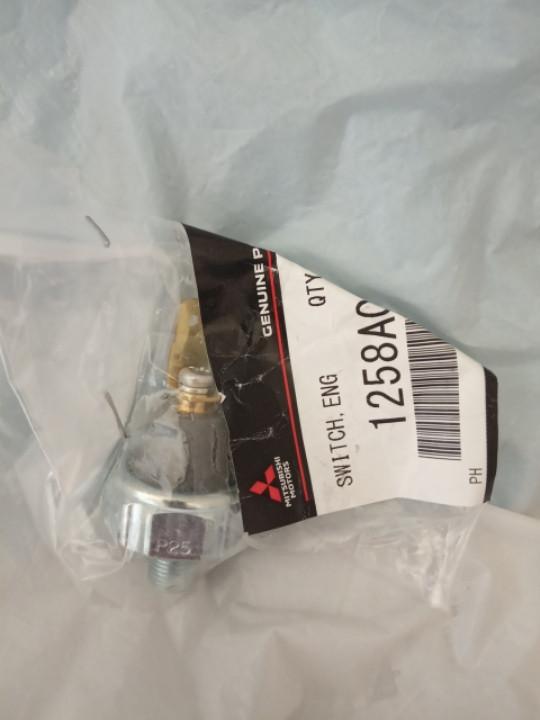 Датчик давления масла 1258A002