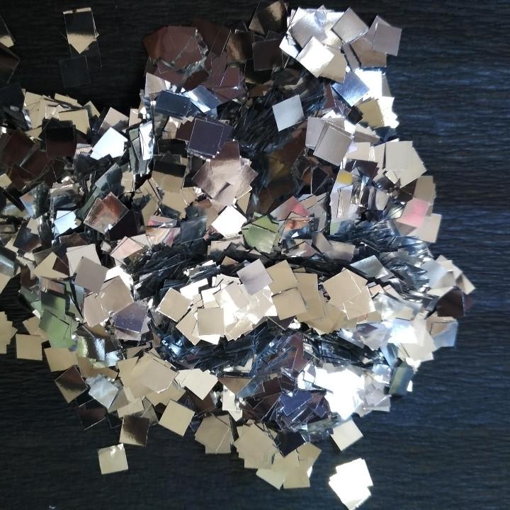 Аксесуари для свята конфеті квадратики 5мм срібло 100 грам