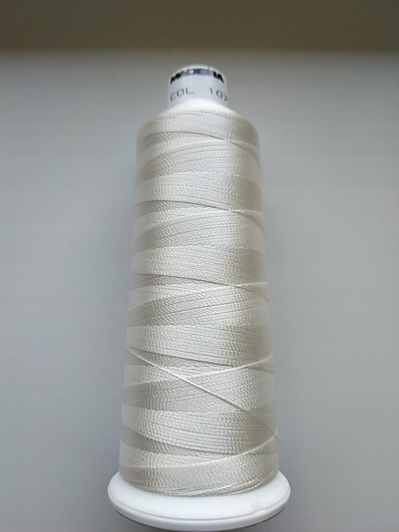 Нитки для  вышивки   Madeira Classic №12.  цвет 1071 ( МОЛОЧНЫЙ ).   2000 м