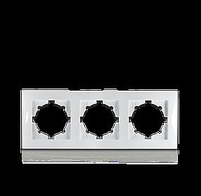 Рамка тримісна для розеток та вимикачів Erste Triumph (9202-83)