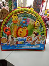Коврик для младенцев с погремушками