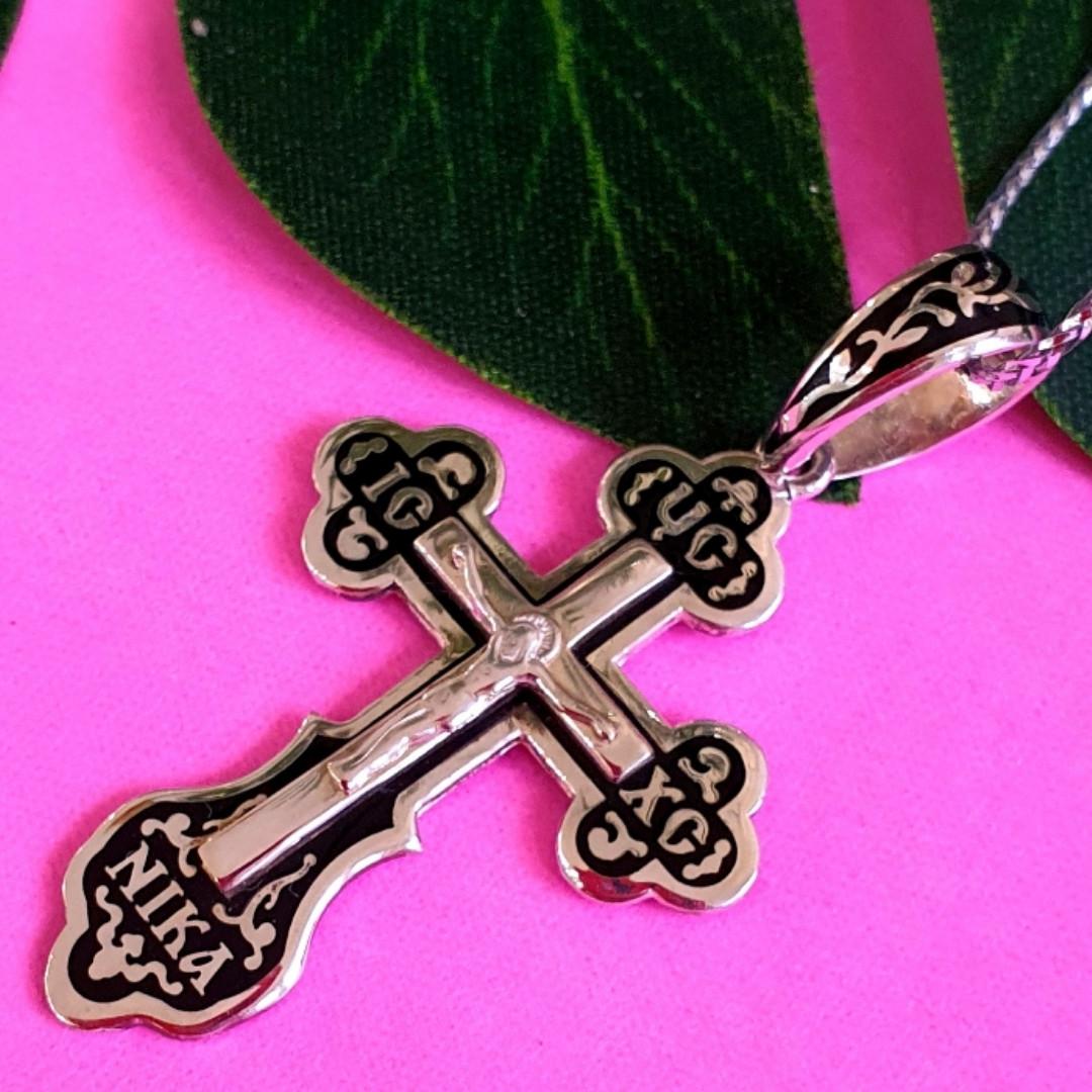 Серебряный крестик с черной эмалью и распятием мужской