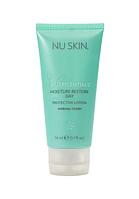 Защитный крем для сухой и нормальной кожи Moisture Restore Day Protective Lotion SPF 15, 50мл
