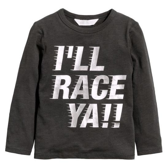 Черный хлопковый реглан на мальчика с надписью I'll RACE YA!!! H&M (Англия) (Размер 6-8Т)