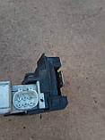 Дверний замок ( передній лівий ) Volkswagen Ford Galaxy , Sharan  93BG220A20DD, фото 4