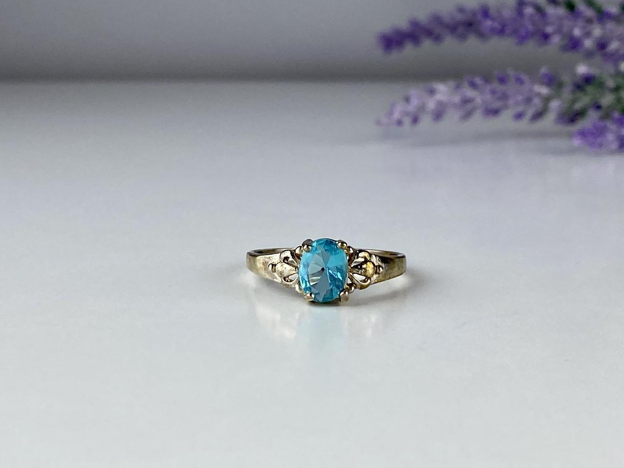 Серебряное кольцо 925 проба с топазом