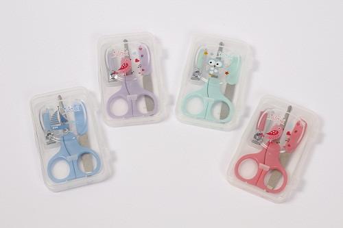 Манікюрний набір дитячий (ножиці, пилочка, щипчики) Lindo в асорнтимені LI 801