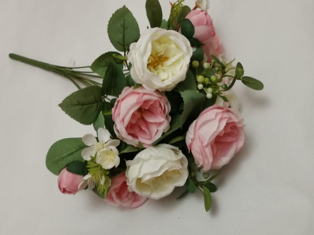 """Искусственные цветы. Букет роз""""Остин"""" бело-розовый."""