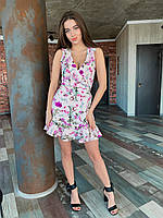 Летнее женское платье с запахом и воланами