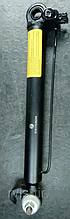Цилиндр подъема кабины MAN F2000 телескоп кабины МАН Ф2000 Командор наклон кабины