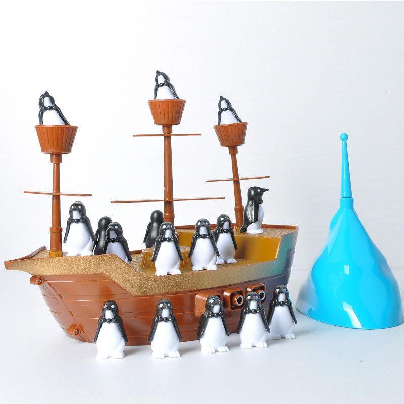 Игра улови баланс с Пингвинами Пиратский корабль