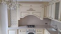 Кухня на заказ в аристократическом стиле.