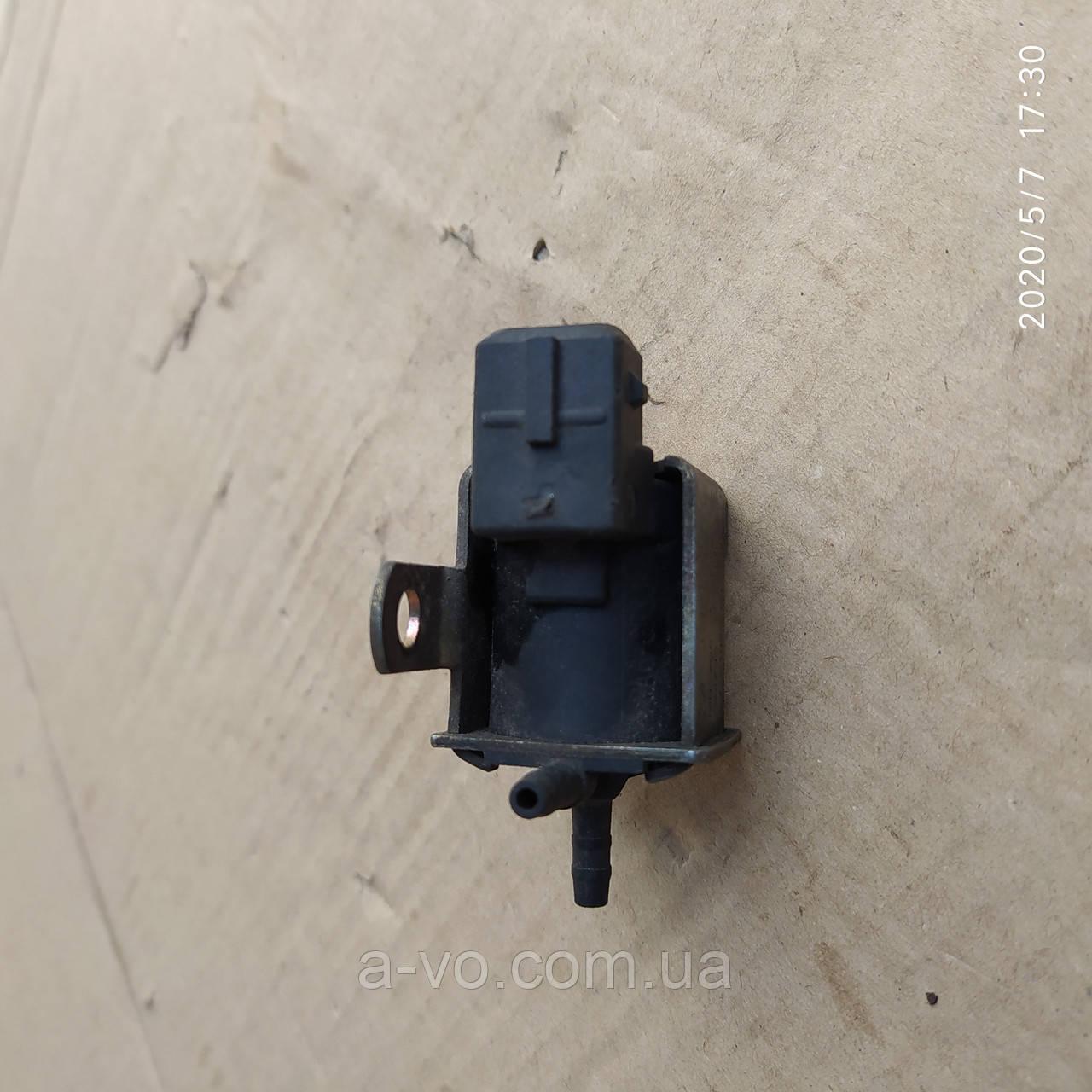 Клапан управління турбіною Audi A4 B6 VW Golf 3 Passat B5 028906283F