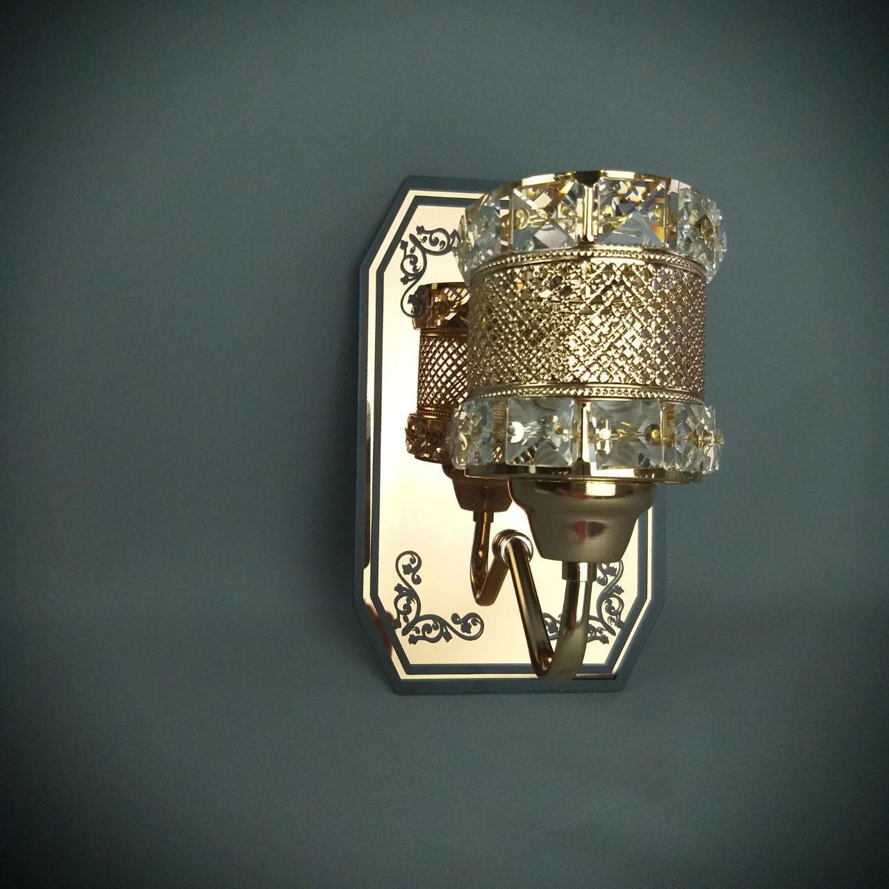 Бра на одну лампу золотистого цвета HQ-8203/1W (12шт)
