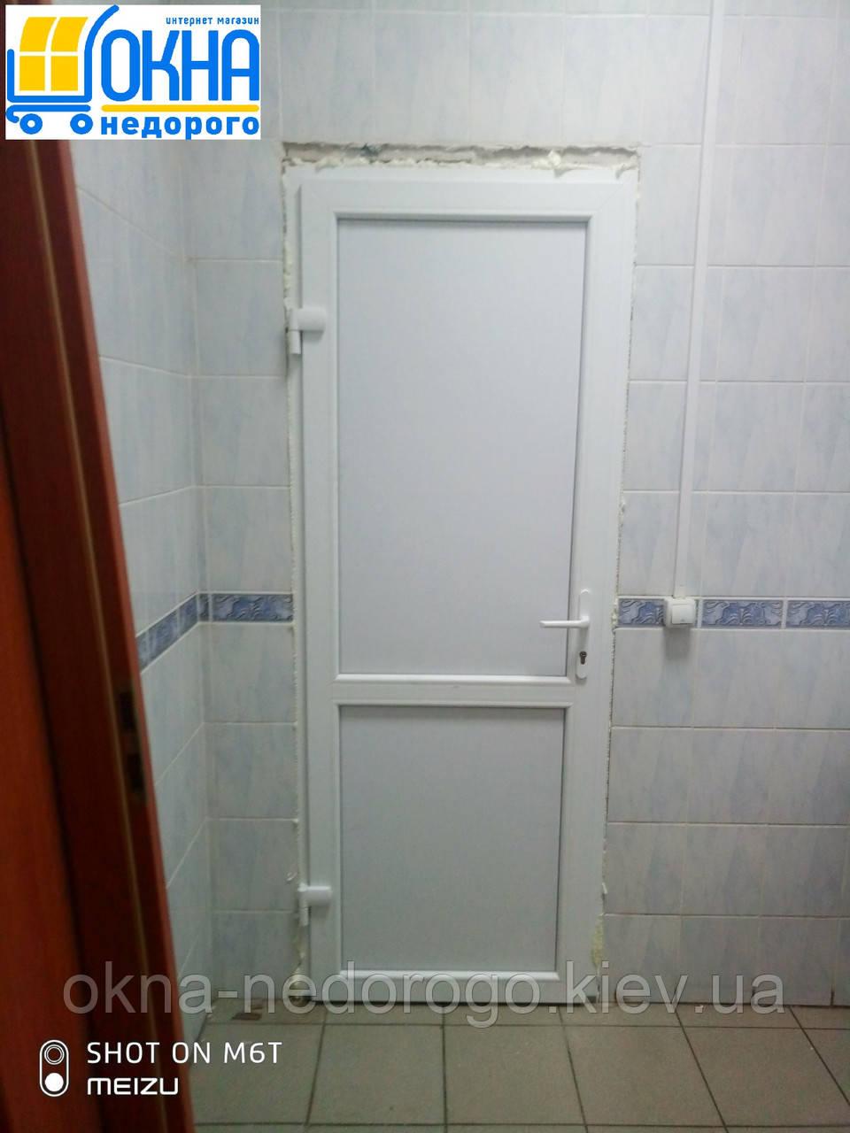 Металлопластиковые двери Вышгород