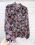 Рубашка удлиненная с рисунком абстракция,ткань креп шифон, цвета в ассортименте, р-р. 42-46  Код 302Т, фото 3