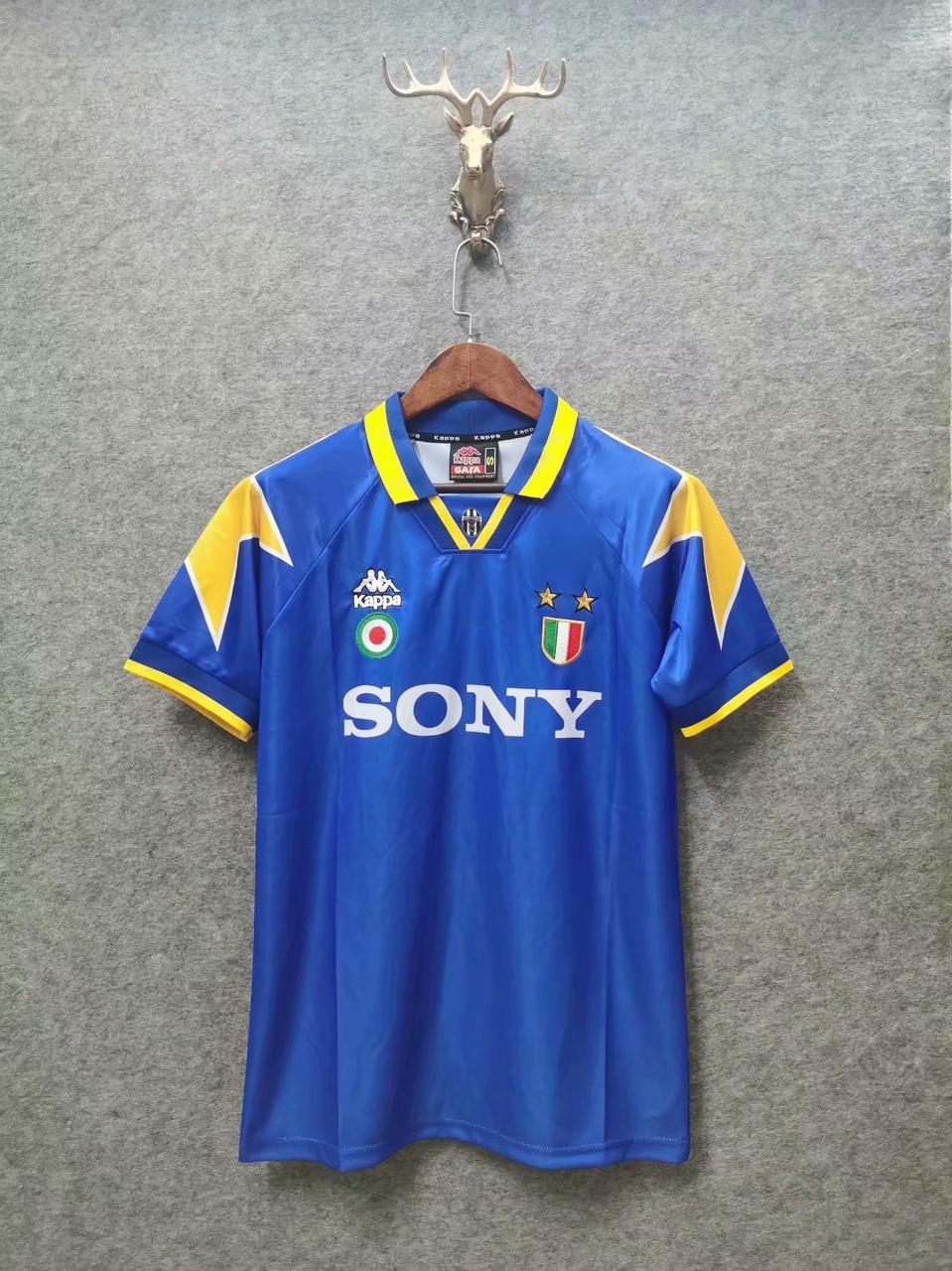 Ретро футбольна футболка Ювентус 1995-97