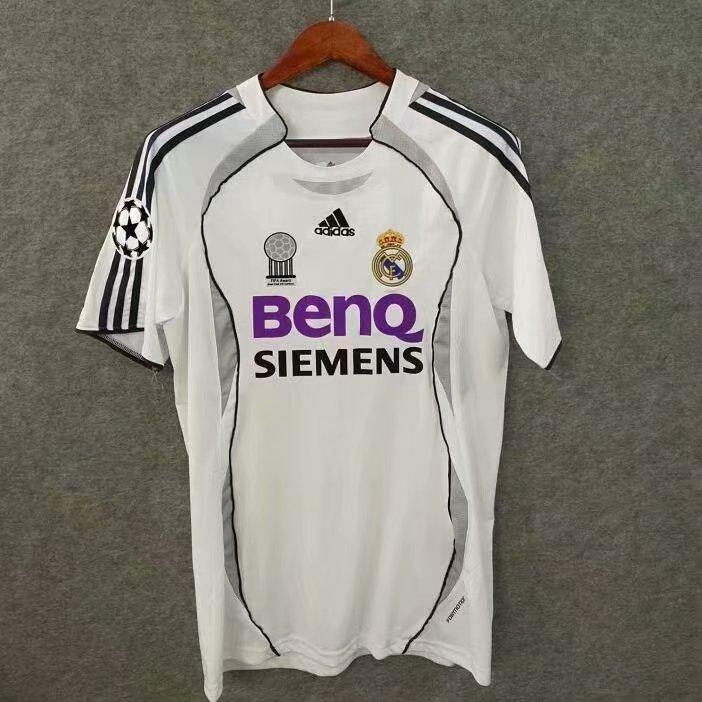 Ретро футбольная футболка Реал Мадрид