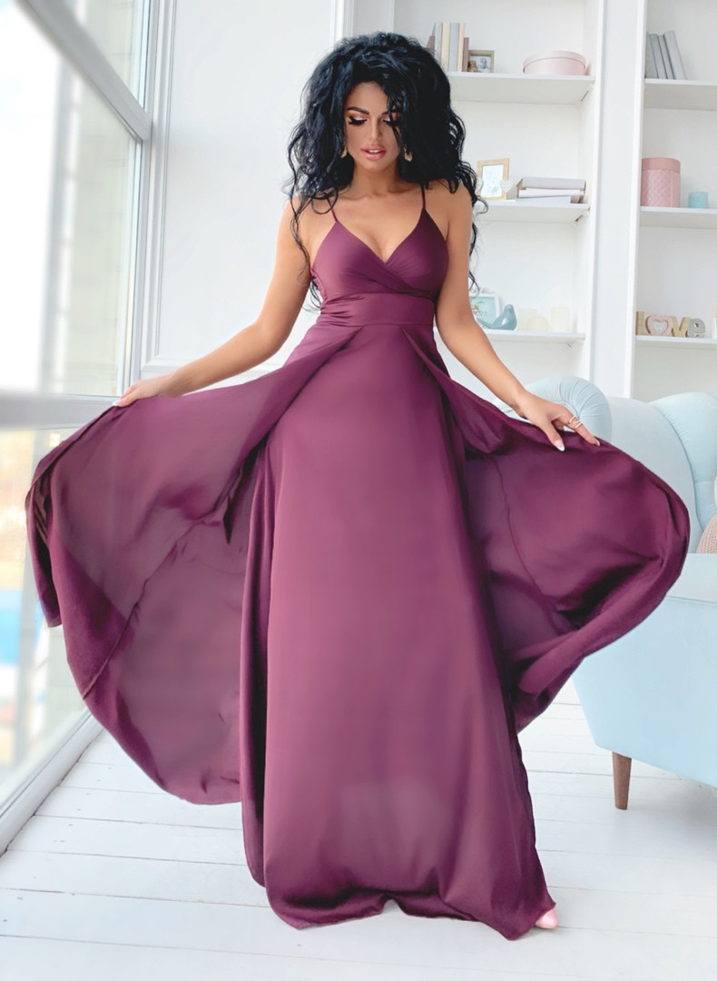 Шелковое вечернее платье в пол с разрезами и открытой спиной размеры 42-44, 44-46 марсала