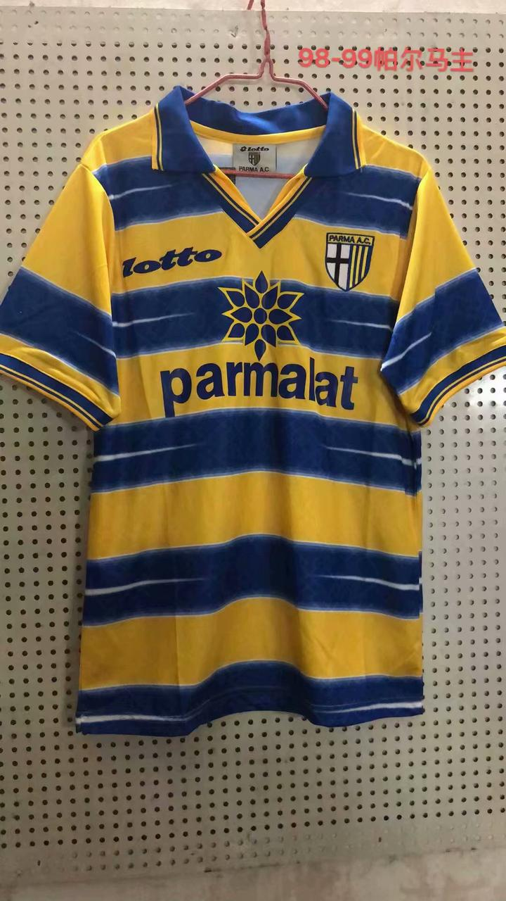 Ретро футбольная футболка Парма
