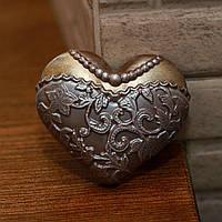 Шоколадное сердце женское в платье - черный шоколад