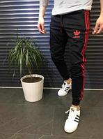 Мужские спортивные штаны Адидас черные с красными лампасами