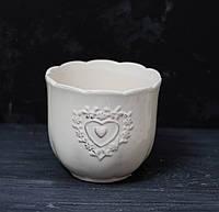 Керамічний горщик-ваза з сердечком білий