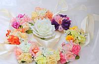 Бутоньерка с цветами  на руку розочки(разные цвета)
