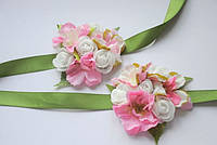 """Бутоньерка с цветами бело розовая на руку """"Нежность"""""""