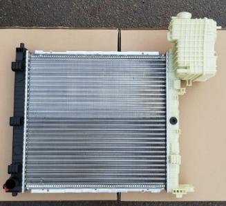 Радиатор Mercedes Vito 638 2.3, радиатор Вито 638