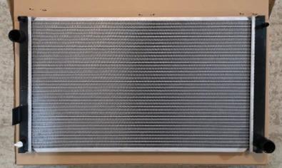 Радиатор Lexus NX300h гибрид
