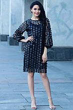 Черное платье из прозрачной сетки с кожаными нашивками и широкими рукавами