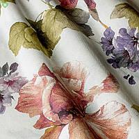 Декоративная ткань с крупными фиолетовыми и терракотовыми цветами на молочном полотне Испания 82907v2
