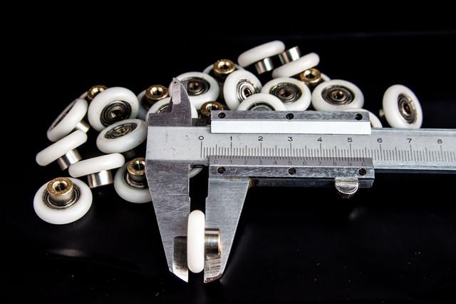 Колесико 19 мм диаметром