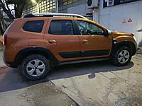 Молдинги (4 шт, пластиковые) Dacia Duster 2018↗ гг.