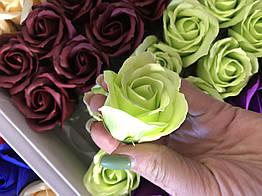 Роза из мыла салатовая