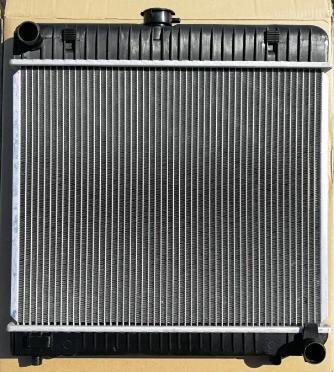 Новий радіатор Mercedes 123