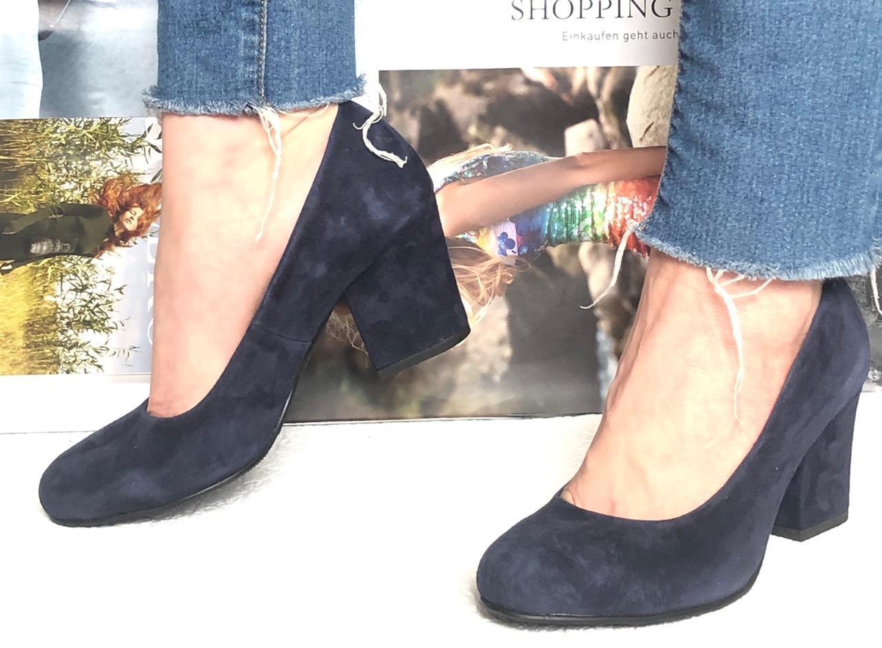 Nona! Женские качественные классические туфли синего цвета взуття на каблуке 7,5 см батал размер 40,41,42,43